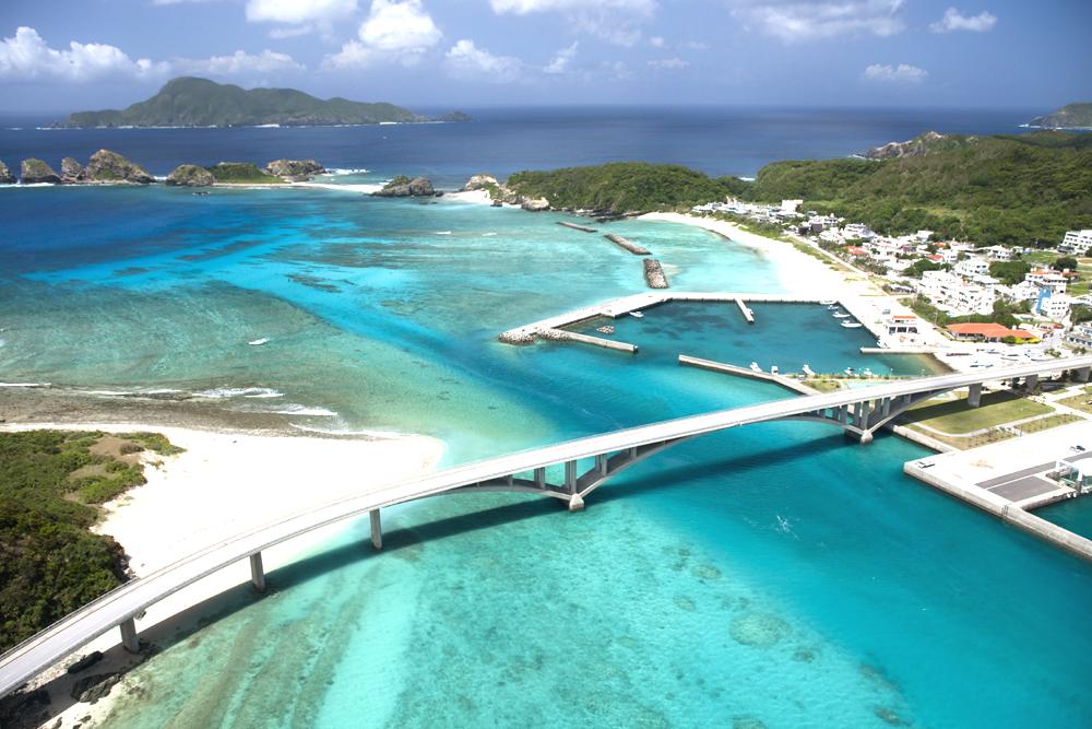圧倒的な美しさ ケラマブルーを求めて 慶良間・座間味島に行こう 高速船の予約はお早めに