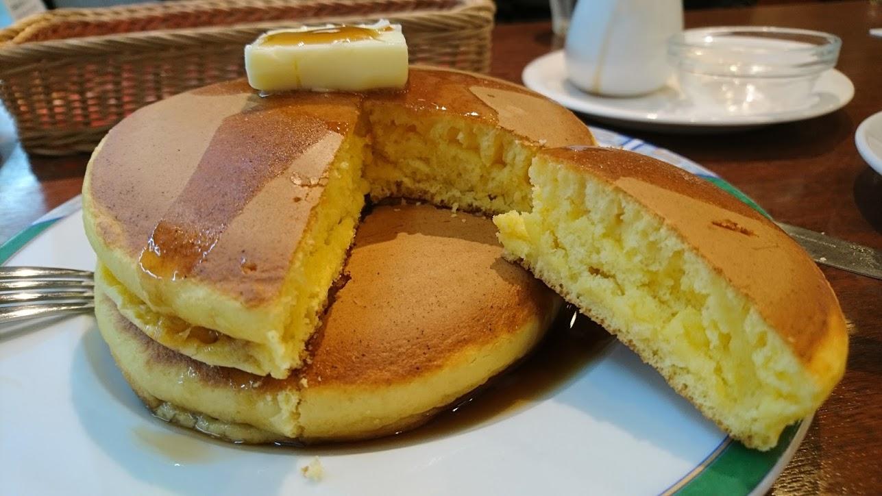 【神戸】ドンク 三宮本店でしか食べれない 銅のプレートで焼く至福のホットケーキ
