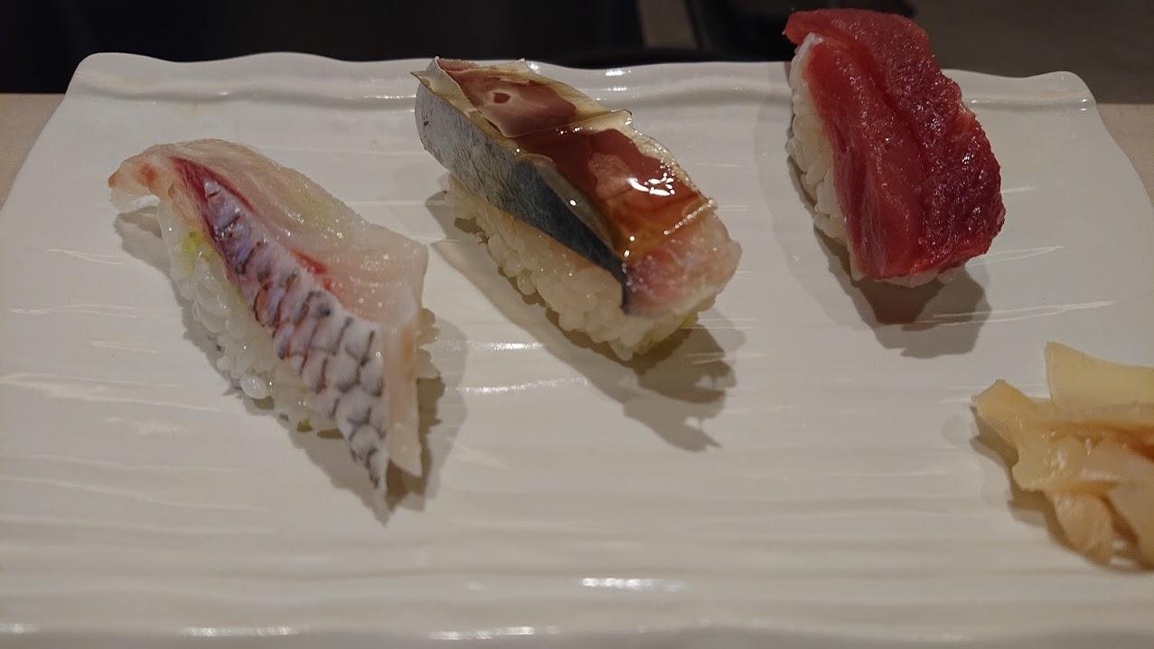 沖縄でお気に入りの寿司ランチを求めて① 那覇 叶和(トウワ)
