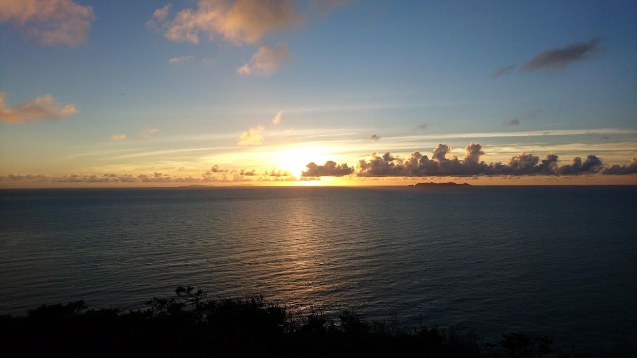 ケラマブルーに癒やされた後は・・・座間味島で心洗われるサンセット